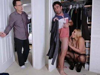 Milf Catches Masturbating Birthday Sex Butt Not For Dad Nuvid