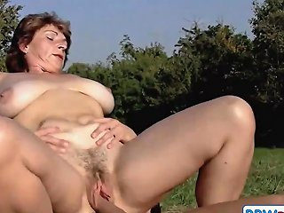 Brunette Bbw Milf Outdoors By Young Guy