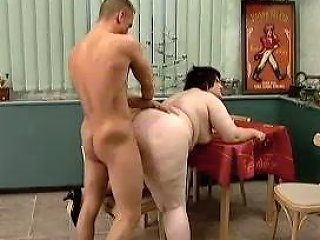 Incredibly Fat Brunette Chick Got Her Dirty Pussy Fucked In Doggy Pose