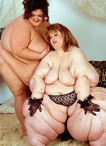 free bbw pics Two Heavyweight Plumpers...