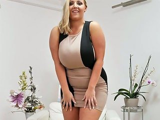Super Sexy Bbw Crystal Swift Plays With Her Huge Boobs And Hungry Twat Anysex Com Video