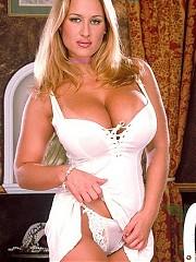 Busty blonde Alyssa