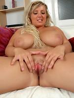 Exciting Erotic Juggs