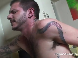 Tattooed Gays Enjoy Sucking Each Other's Shafts In The Kitchen