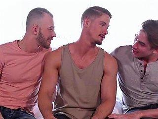 Big Dick Gay Threesome With Facial Upornia Com