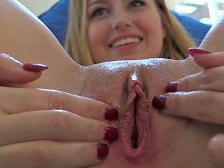 After Fucking A Huge Toy Self Fisting Is Easy For This Cute Girl