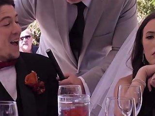 Adria Rae Ashley Anderson In Wedding Belles Scene 4
