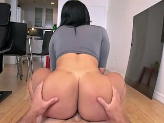 Fantastic Latina Brunette With Juicy Booty Valerie Kay Rides Stiff Dick