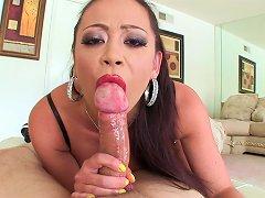 free cum video Mia Lelani is swallowing...