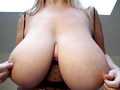 Amateur Wife Show Huge Boobs Nboobs