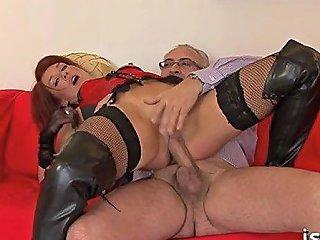 Glamor Babe Roxy Foxx Enjoys Undressing