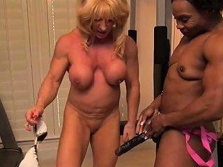 Mature Female Bodybuilder Wild Kat And Ebony Muscle Nadia Nuvid