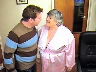 80 Year Old Grandmalibby And The Odd Job Man Nuvid