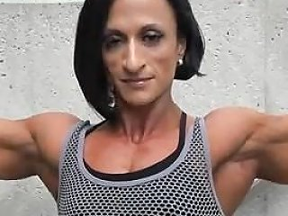 Tamara Qureshi The Small Horny Physique Muscle Whore