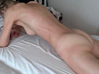 Real Orgasm Grinding Pussy On Bed Sheets Mp4 Free Porn 97