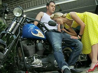 Sweetie Chary Kiss Gives Good Blowjob To Horny Biker