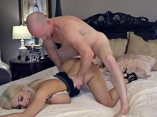 Amber Alena With Huge Fake Tits Has Sex