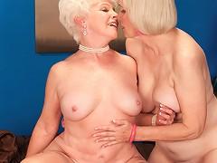 free video Jewel, Lola Lee & A Stud...