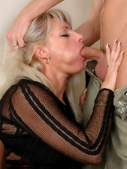 Jessica D&Rolf mature woman and boy