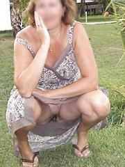 mature outdoor upskirt