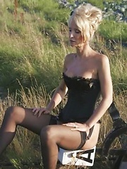 amateur wife in public