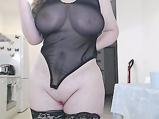 Do You Love Curvy Girls As Much As Me