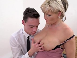 Mature Super Moms Having Sex With Sons Porn Bb Xhamster