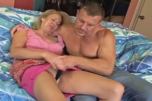 Mature Babe With A Pink Pussy Fucked Balls Deep In Close Up