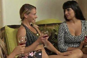 Lesbian Healing Power Mercedes Carrera Allie Eve Knox