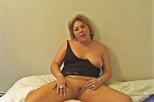 Young Guy Cums To Soon So She Masturbates Free Porn