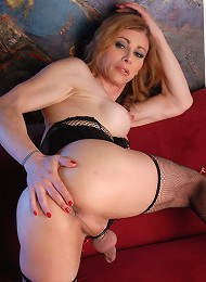 Hot TS MILF Jasmine Jewels posing her juicy fat penis
